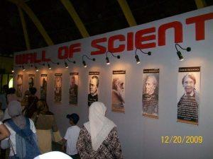 para ilmuwan di seluruh dunia