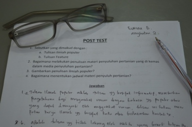 Post Test Menulis Ilmiah Populer
